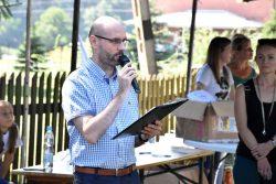 Przedstawiciel organizatora czyta list Prezydenta Rzeczypospolitej Polskiej do uczestników wydarzenia.